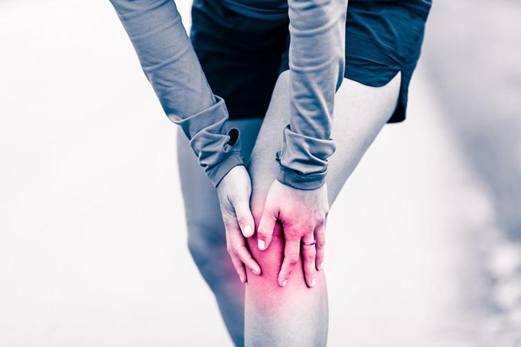 Az ízületi kopás tünetei és megelőzése gyógytornával